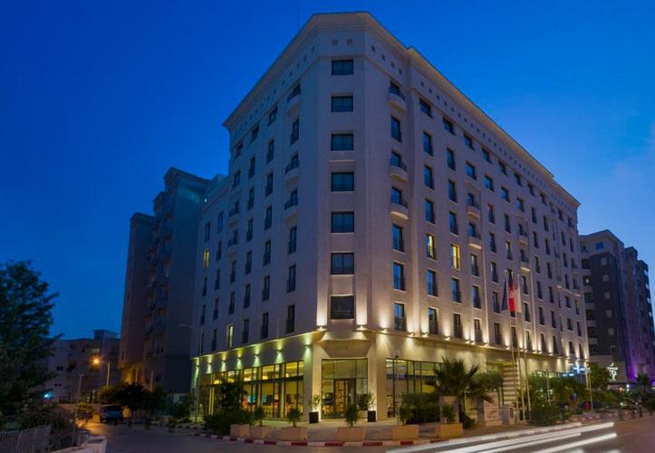 Hôtel Le Corail Suite Hotel
