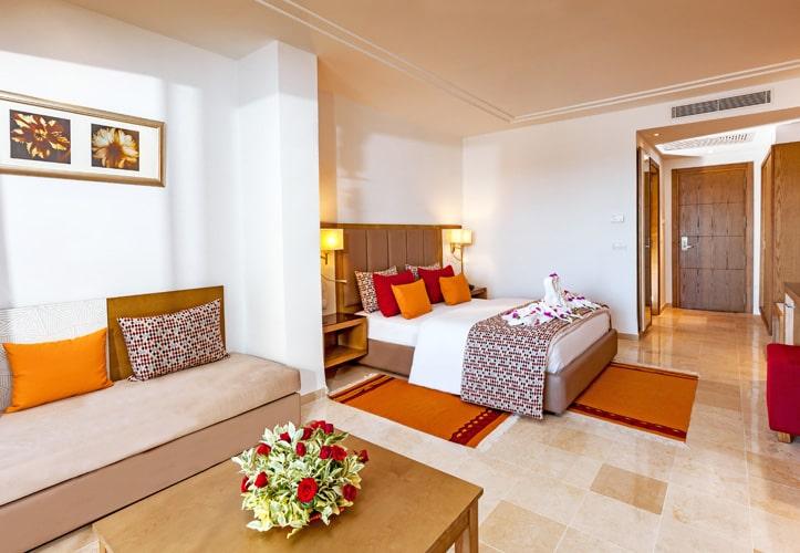 Hotel Magic Life Africana
