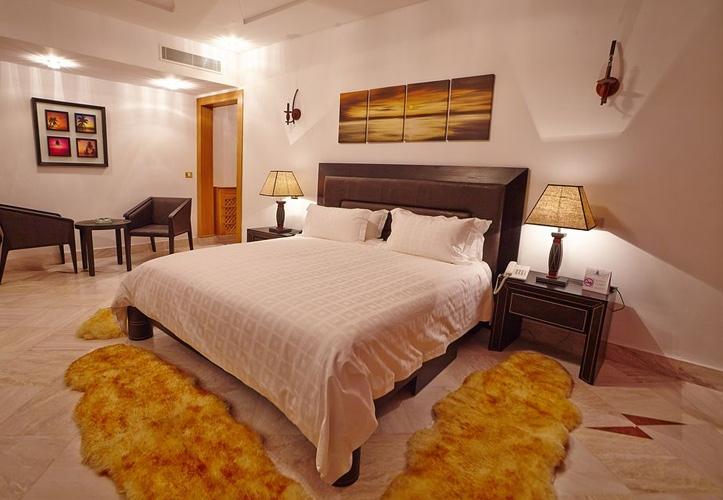 Hôtel The Penthouse Suites Hotel